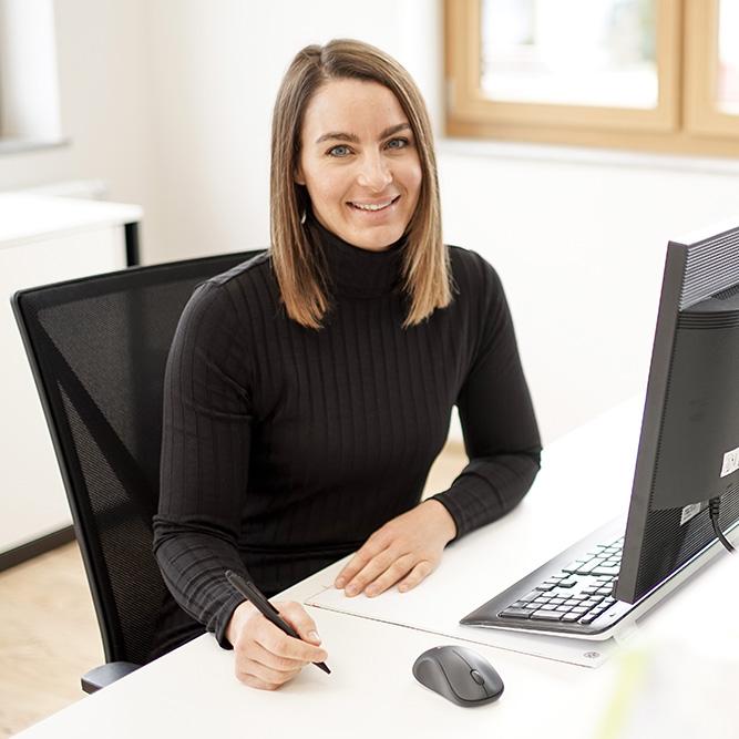 Katja Rekar, die gute Seele der Firma